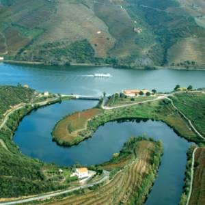 Il Portogallo come non l'avete mai visto: in crociera lungo la valle del Douro