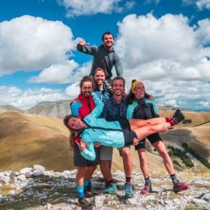 Va' Sentiero, capitolo 20. Si torna a camminare tra Marche, Umbria e Lazio: le meraviglie dei Sibillini e lo scenario post terremoto