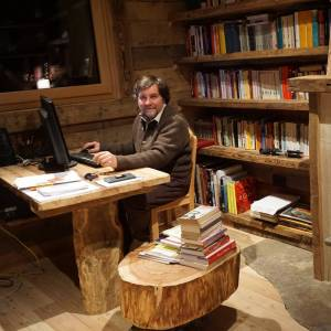Intervista a Luca Mercalli: vivere in montagna ci renderà felici e salverà i nostri territori