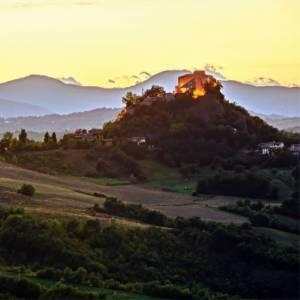 Le Voci del Giro: sulle colline del Reggiano, nel cuore delle Terre di Canossa
