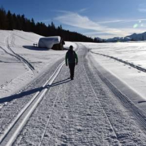 A piedi sulla neve nell'Osttirol, in Austria, per scoprire una montagna a portata d'uomo