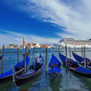 Via le grandi navi da Venezia, il governo è pronto a dirottarle a Marghera