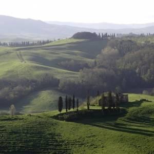 In Toscana, arte pubblica in un borgo Bandiera arancione