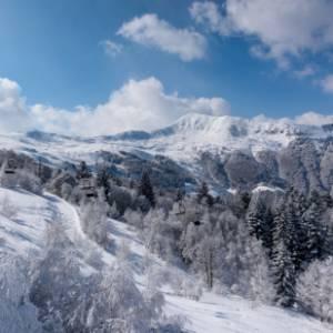 La montagna per tutti: una giornata di sci e di sole all'Alpe di Mera, in Piemonte