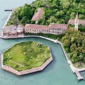 Nuovi sviluppi per Poveglia, l'isola contesa nella laguna di Venezia