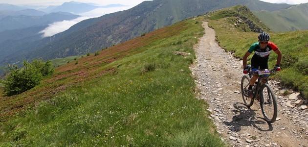 Qual è l'itinerario italiano più bello del 2019 per andare in mountain bike?