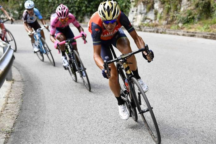 Gioia Landa, Dumoulin perde la maglia rosa. Quintana torna leader