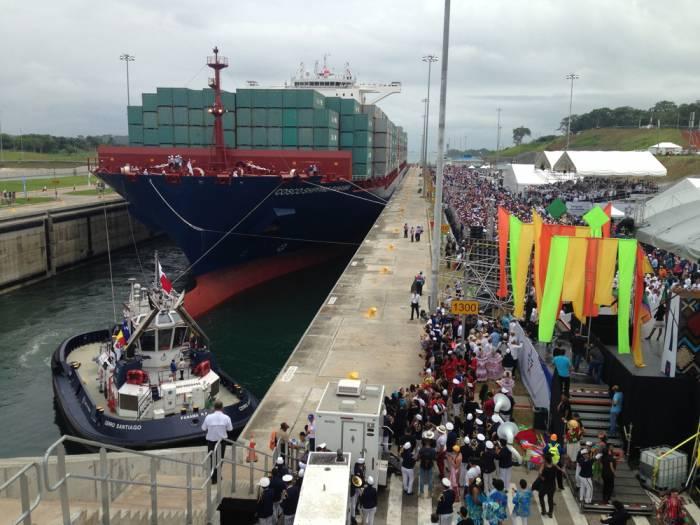 Panama, maxinave cinese inaugura il nuovo canale che rivoluziona i commerci