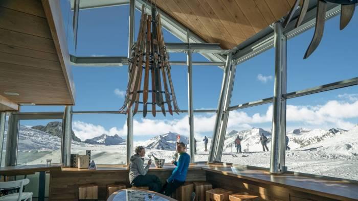 Un nuovo rifugio di design a 3000 metri in lombardia for Ponte a colonna usato