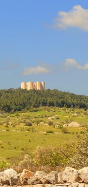 In camper in Puglia, alla scoperta di paesi e gravine nel Parco Nazionale dell'Alta Murgia