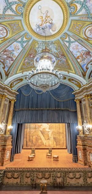Tre chiese e uno splendido teatro: i tesori di Capua e Caserta aperti dai Volontari Touring