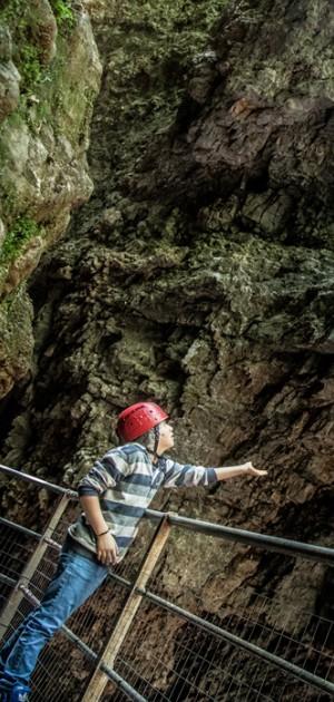 A piedi e in kayak nelle spettacolari gole del Trentino